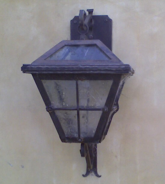 Hidden Hills Exterior Lighting Sconce